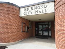 The main entrance of Richmond City Hall.