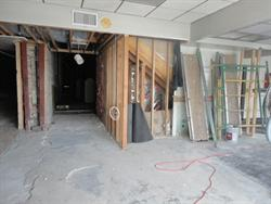 The left side of the lobby. The entrance to theater 2 may have been directly ahead, with theater 3 at the far left.